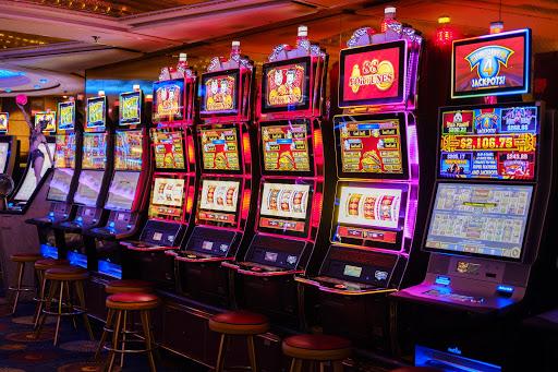 Keuntungan Bermain Slot Online-slot online
